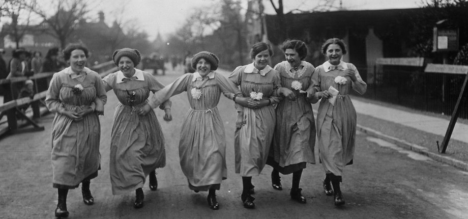 Female Employees on Bolton Road, King George V visit - 25th March 1914 JPEG Redux